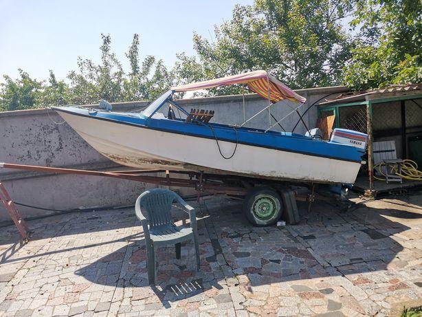 Продам лодку з прицепом