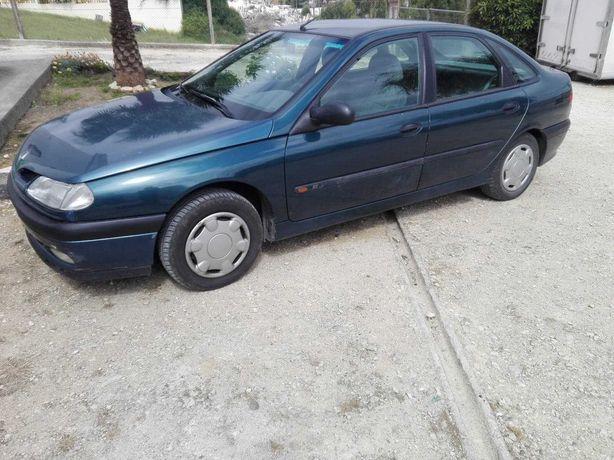 Renault Laguna 1.8 para Peças