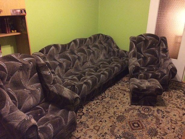 Kanapa, 2 Fotele, 2 Pufy