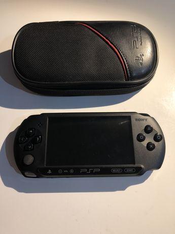 Sony konsola PSP Street E-1004 + karta pamięci + 2 gry