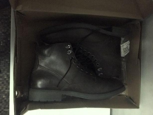 Ботинки Eastland 43размер новые