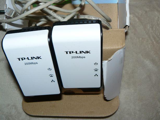 Transmiter sieciowy TP-LINK TL-PA211Kit do 200Mb/s 2 szt Nowy