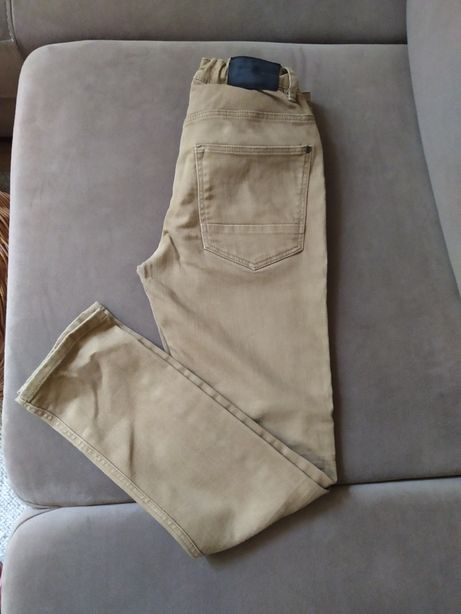 Spodnie chłopięce H &M r. 146