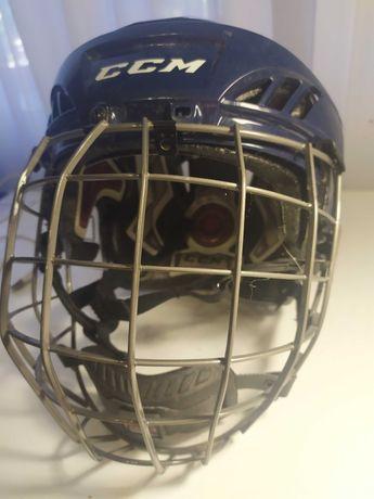 Хоккейный шлем ССМ, в хорошем состоянии, синий. Куплен в США.