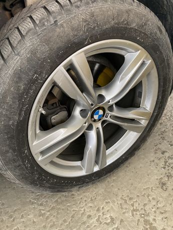 Диски BMW R19 5*120 с зимней резиной