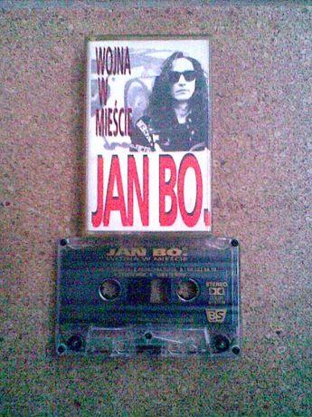 kaseta JAN BO. < wojna w mieście >