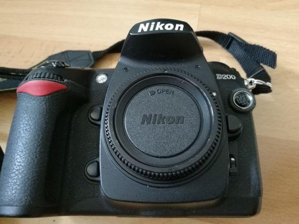 Aparat Nikon d200