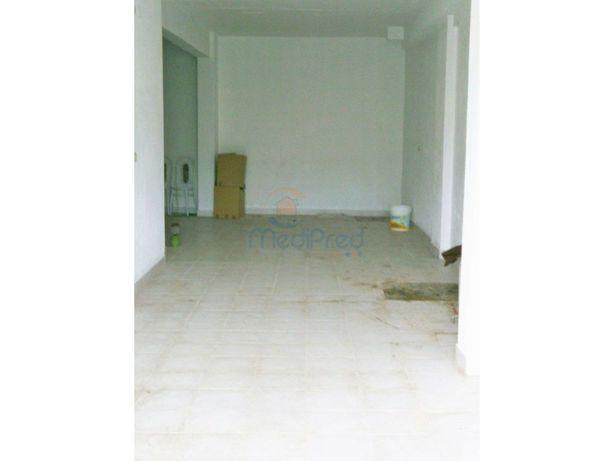 Ref: MJC5345 - Loja com 56m2 no Casal do Cotão