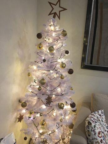 Árvore de Natal 180cm branca + decoração
