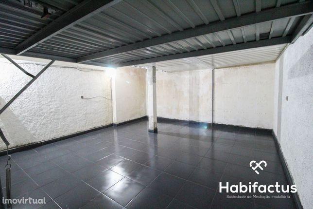 Garagem para venda na cidade de Mangualde