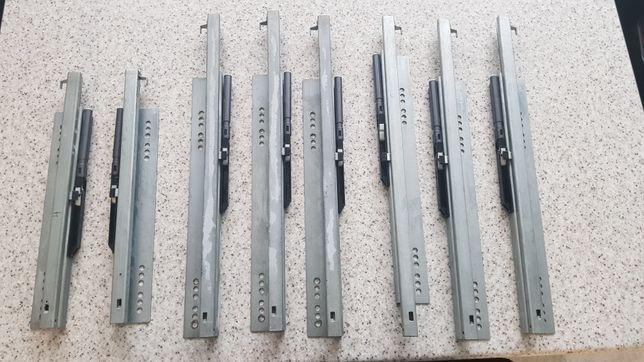 Prowadnice samodomykające szuflad kuchennych przyczepy Hobby 2011-16