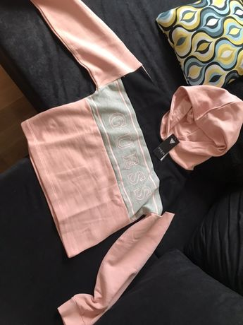 Guess bluza z kapturem