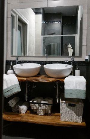 Blat łazienkowy z litego drewna 130 cm