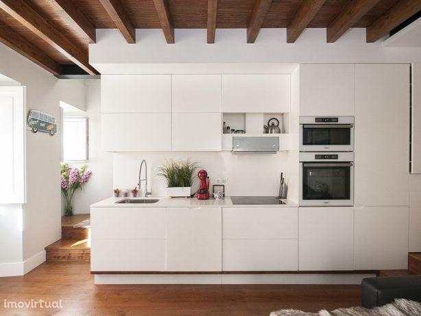 Apartamento único tipo Loft em Alfama!