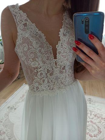Suknia ślubna muślinowa Carmen rozmiar 38 ivory styl Boho rustykalna