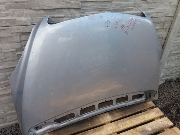 Maska Mercedesa b klasa lift lekko uszkodzona