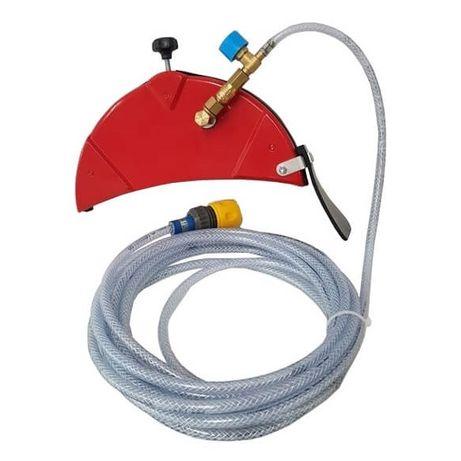 Resguardo de protecção p/ rebarbadora elimina pó e arrefece com água