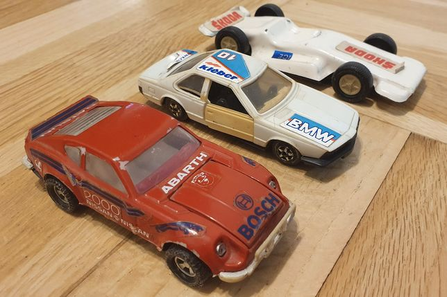 Komplet zabawek PRL, samochody CZZ, Abarth, BMW, Skoda blaszana model
