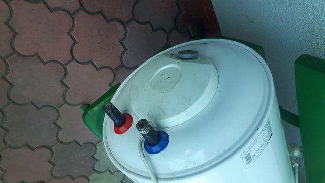 podgrzewacz do wody elektryczny 30L