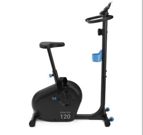 Bicicleta Estática Essencial EB 120 DOMYOS + Capa de Selim DOMYOS