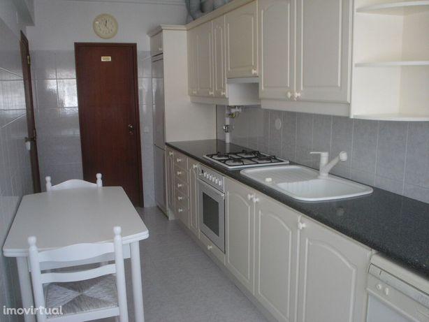 Apartamento T2 - Alcabideche