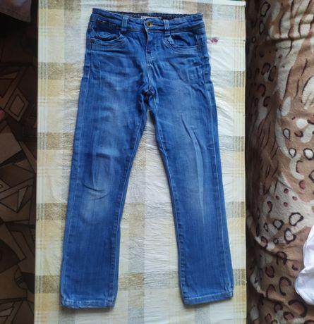 Классные джинсы скини брюки штаны на 6-7 лет