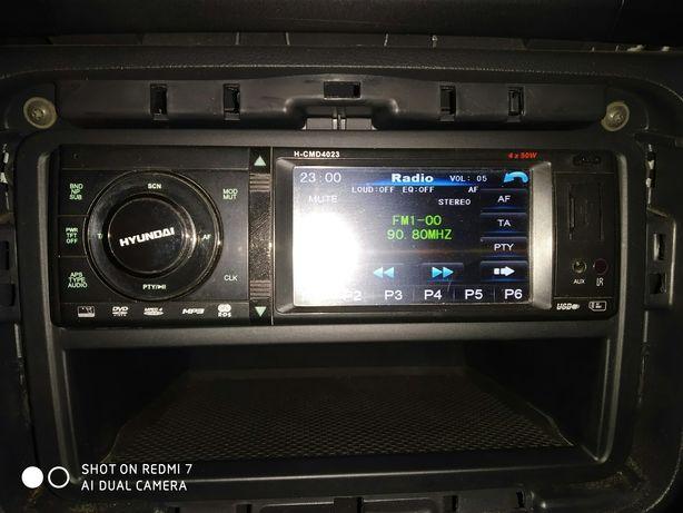 Автомагнитола Hyundai в отличном состоянии!