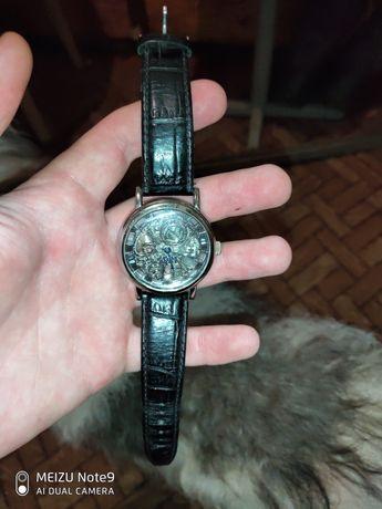 Годинник механічний, goer, ремінець з шкіри, купувався окремо