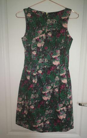 Sukienka marki Mohito w rozmiarze 34