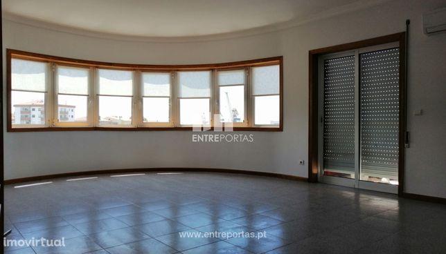 Venda de fantástico apartamento T3, Monserrate, Viana do Castelo