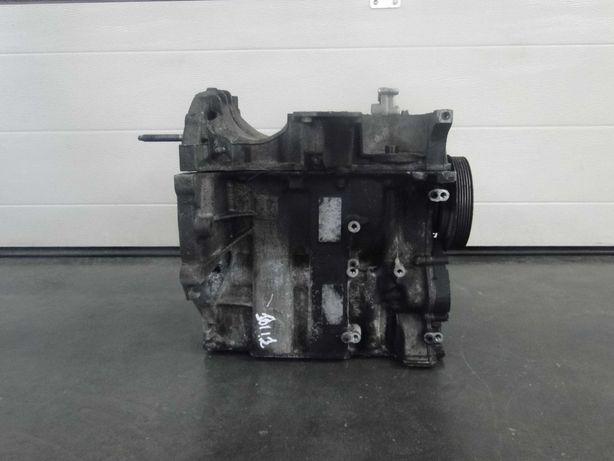 Блок Двигуна двигателя Peugeot 301 Citroen C-Elysee 1.2 HM02