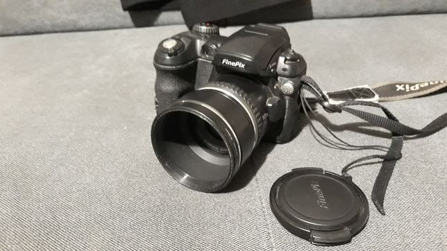 Aparat fotograficzny Fujifilm Finepix S5500