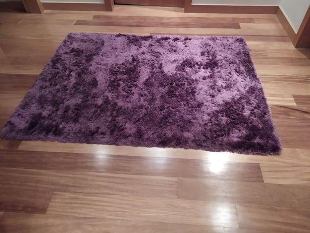 carpete lilás roxo