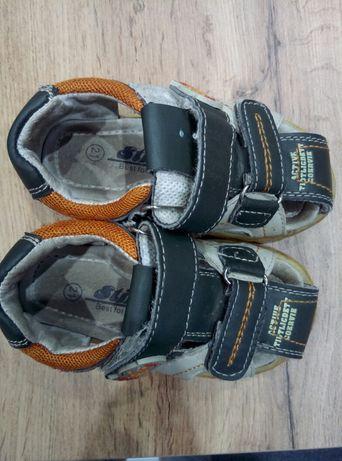 Sandały rozmiar 21