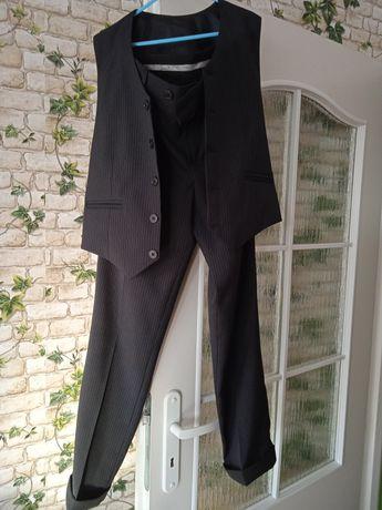 Spodnie z kamizelką w prążki
