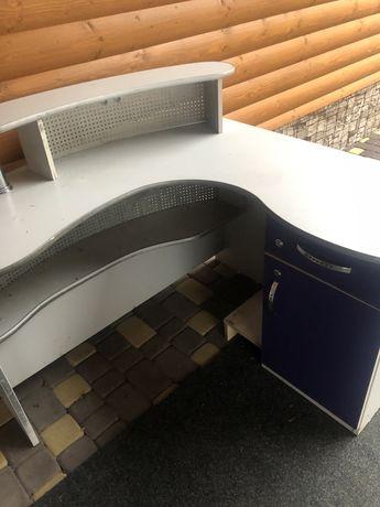 Стелаж,стол,мебель для магазина