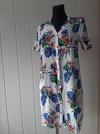 Biala sukienka w kwiaty F&F