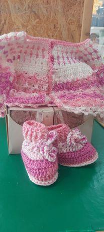 Casaco bebé e botinhas