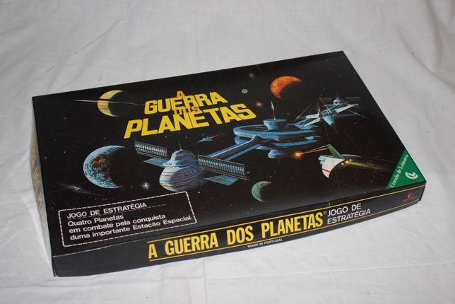 1981 - Jogo de Tabuleiro - A Guerra dos Planetas - Como novo