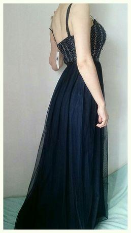 Новое нарядное, вечернее платье.