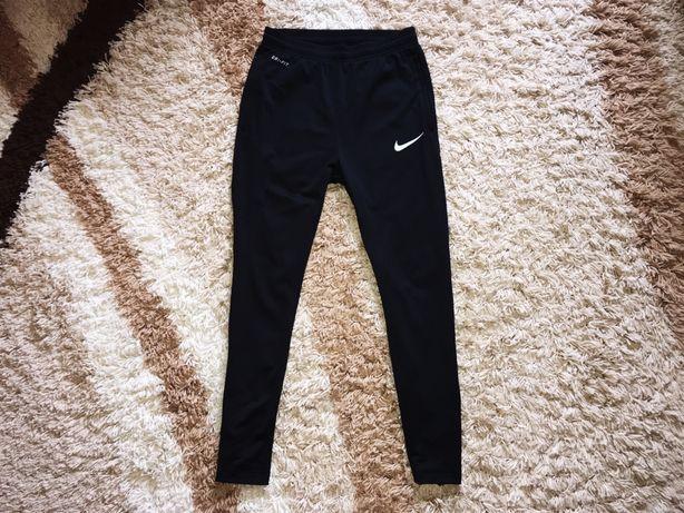 Штаны спортивные Nike NK Dri-Fit чёрные размер С оригинал