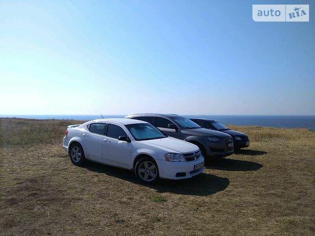 Dodge Avenger 12 Automat продам/обмен на фургон/минивэн/внедорожник