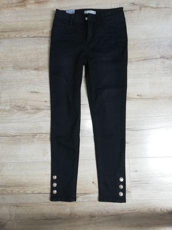 Nowe czarne jeansowe spodnie rozmiar M