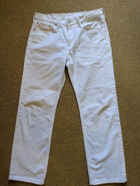 Белые джинсы Levi's