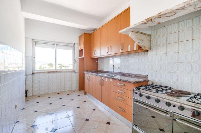 Apartamento T2 Belas para arrendar