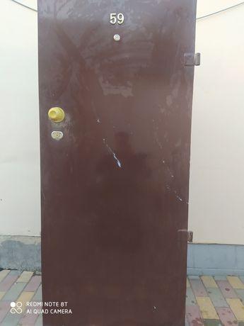 Входные двери , металлические