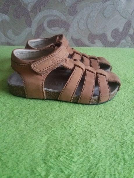 босоніжки сандалі enfant