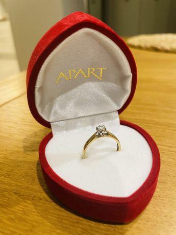 Pierścionek zaręczynowy APART z diamentem 0.11ct rozmiar 14