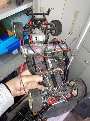 3 Carros telecomandados gasolina