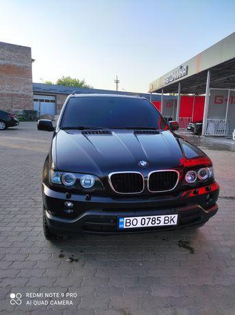 BMW x5 хороший стан